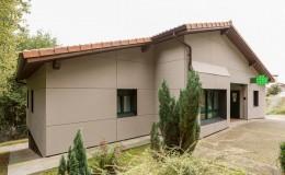 Rehabilitación Fachada Consultorio Médico, Arrieta azkayo (2)